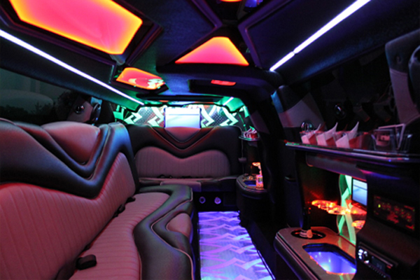 Chrysler-300-Limo-rental Bakersfield