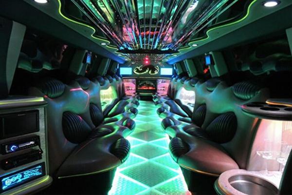 hummer-limo-rental Bakersfield