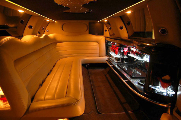 lincoln-limo-service Bakersfield