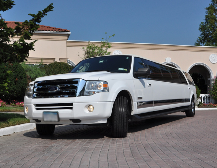 Bakersfield 15 Passenger Limo