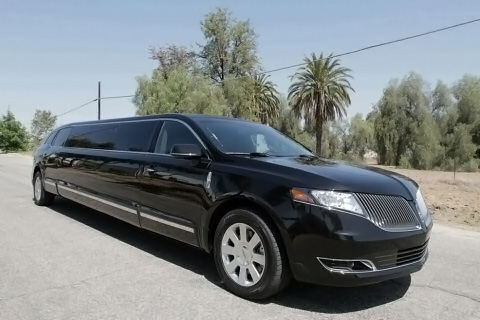 Bakersfield 20 Passenger Limo
